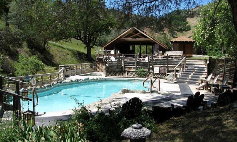 wilbur-hot-springs-pool