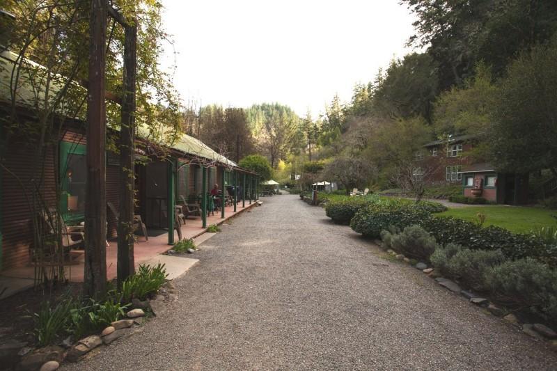 orr-hot-springs-resort1