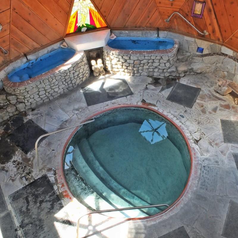 sierra-hot-springs-pool